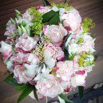 Булчински букет с мини рози
